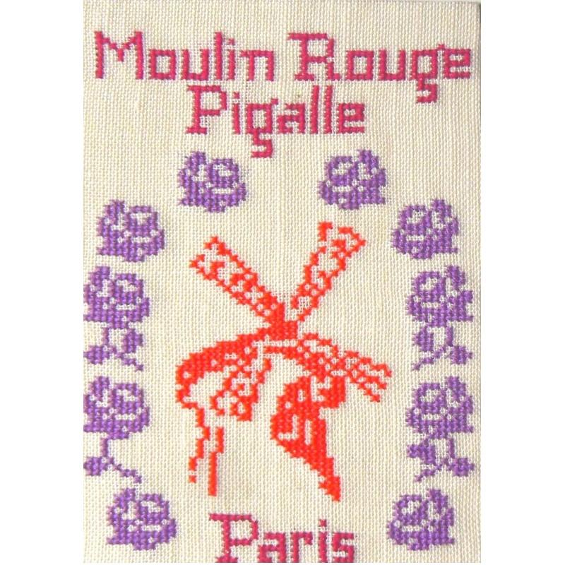 CP-PARIS-MOULIN-ROUGE-ROSES