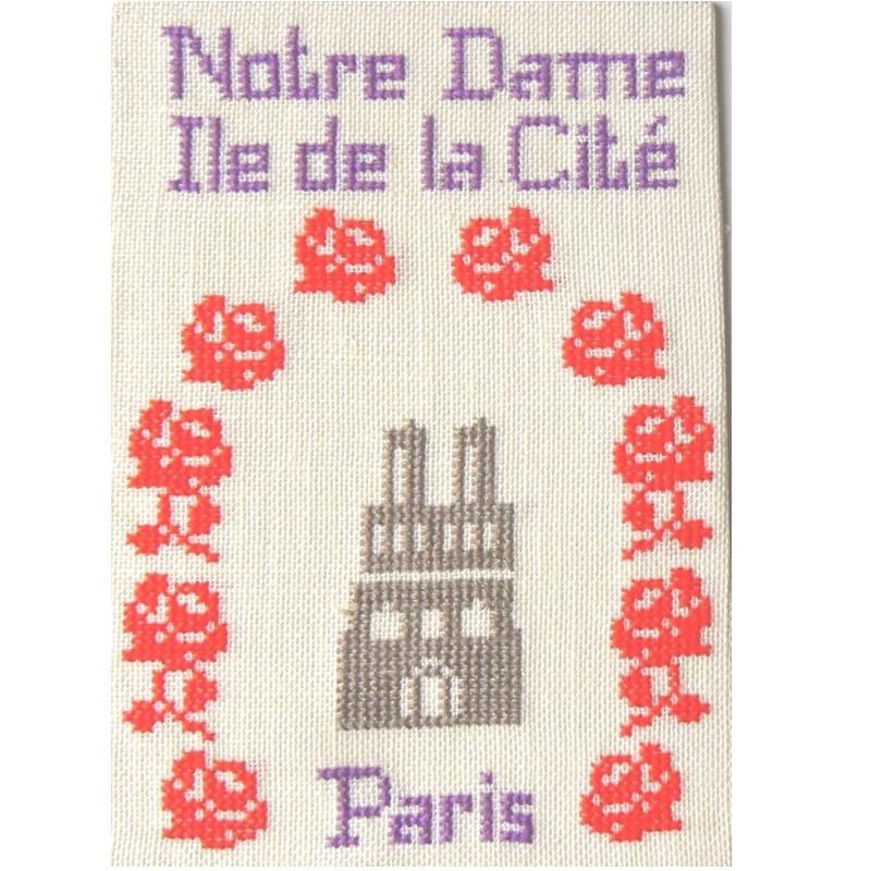 CP-PARIS-NOTRE-DAME-ROSES