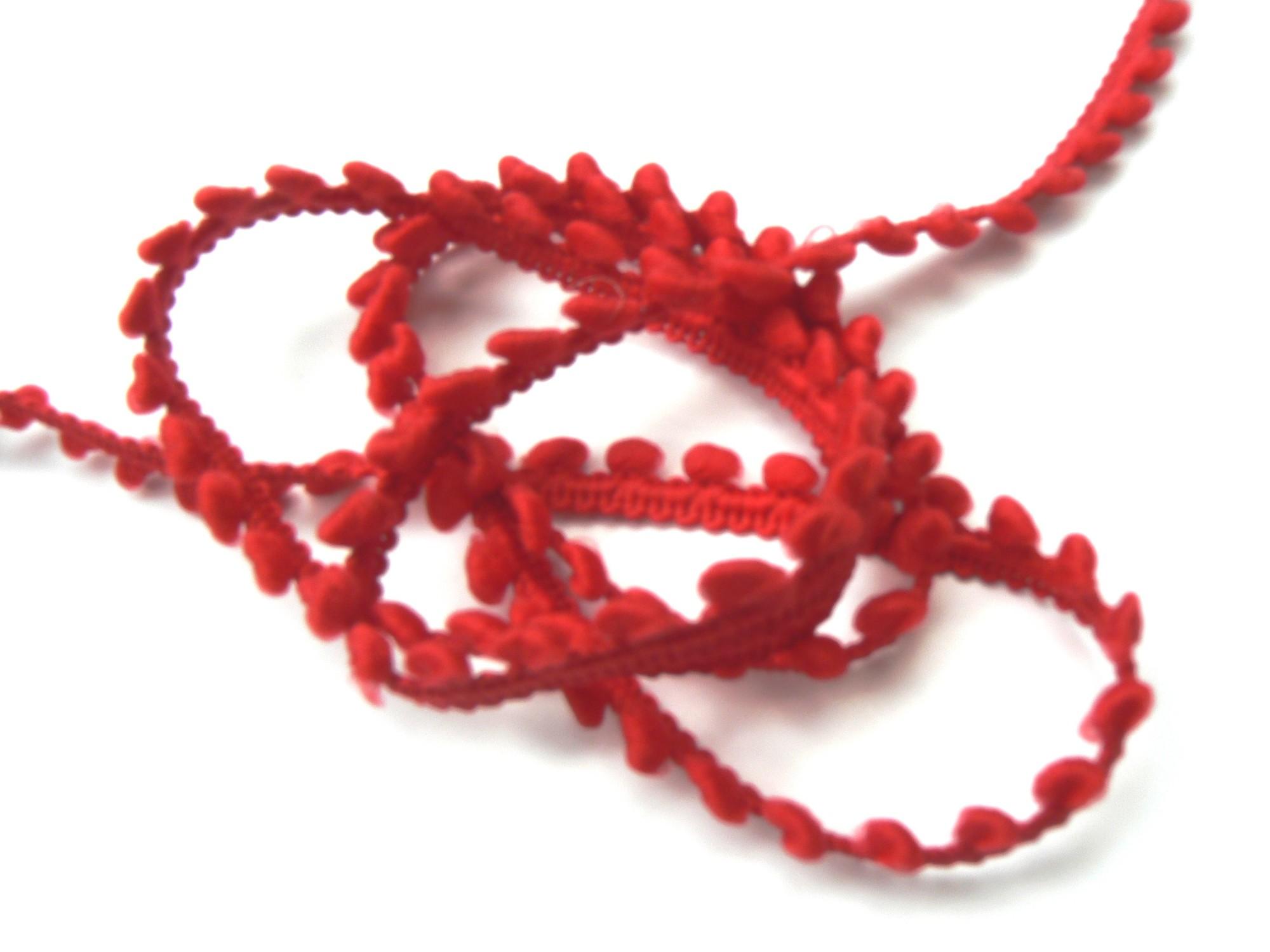 galon-pompons-rouge