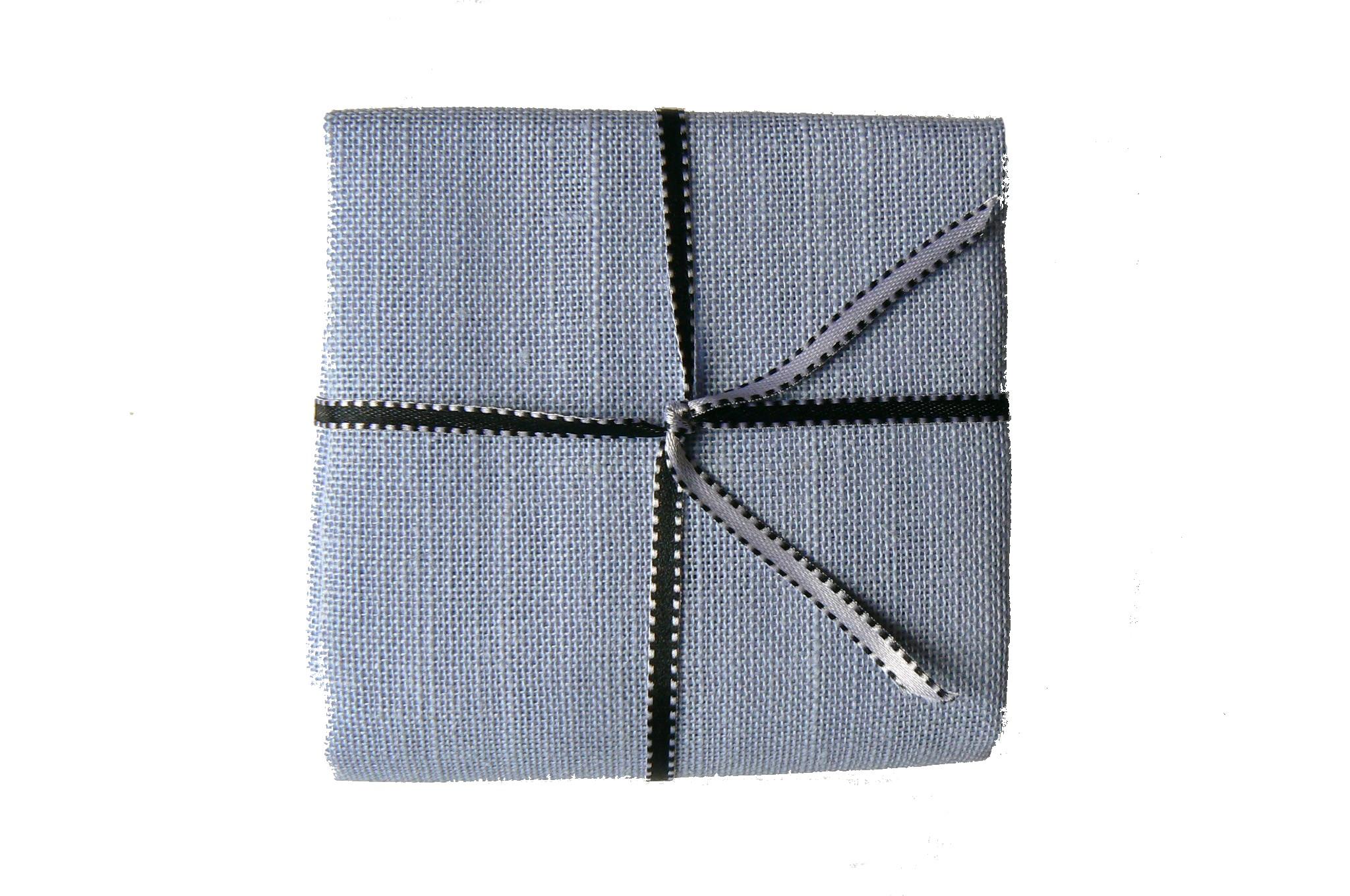 lin-bleu-jean