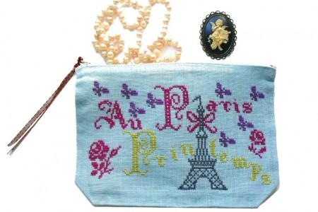 Paris au printemps broderie au point de croix Paris au printemps