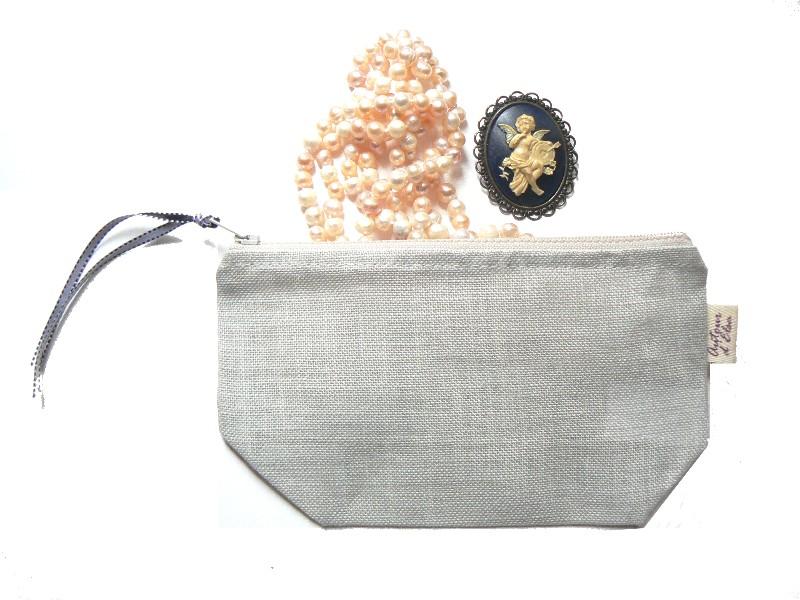 trousse-gris-perle