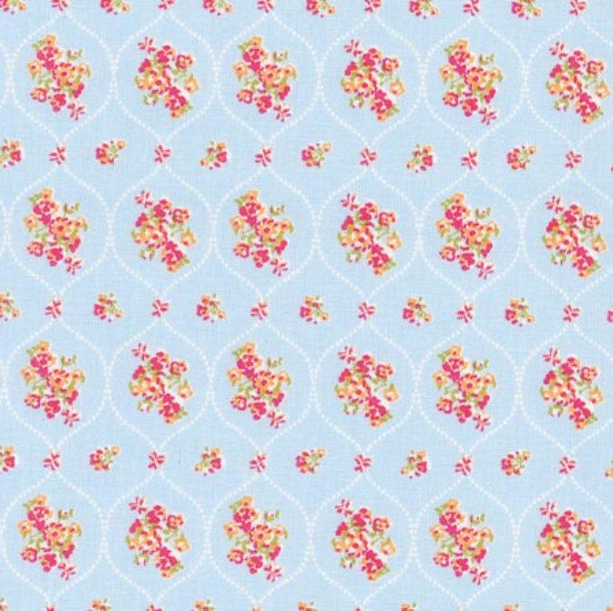 tissu-bleu-bouquets-dans-medaillons