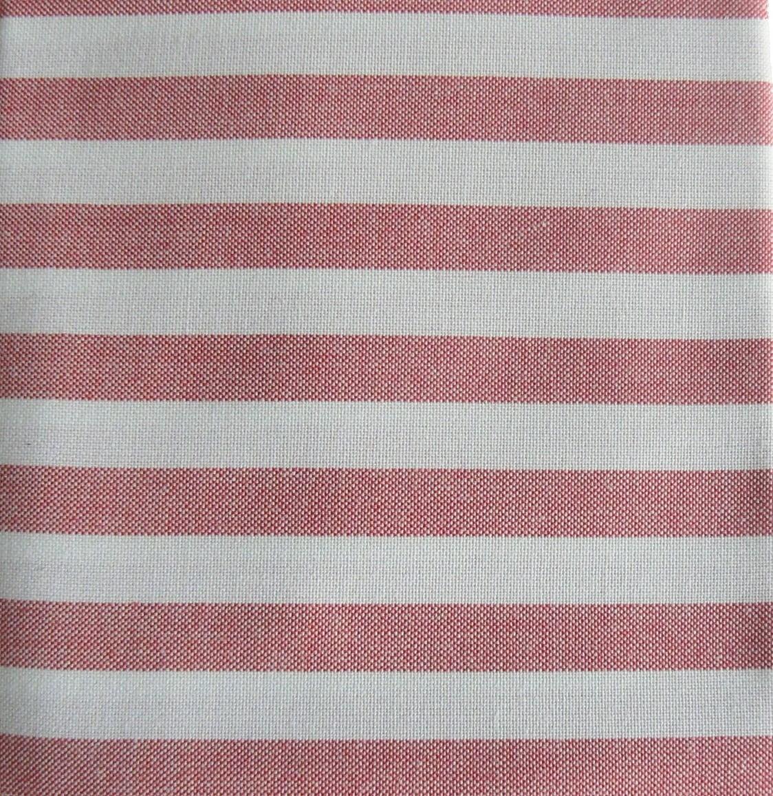 tissu-rayures-rouge-et-blanc