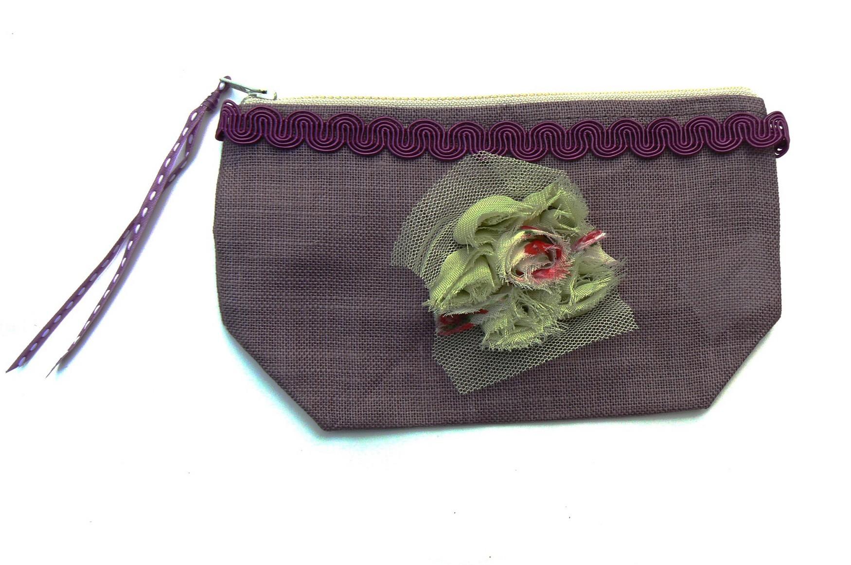 pochette-prune-vert-fleur