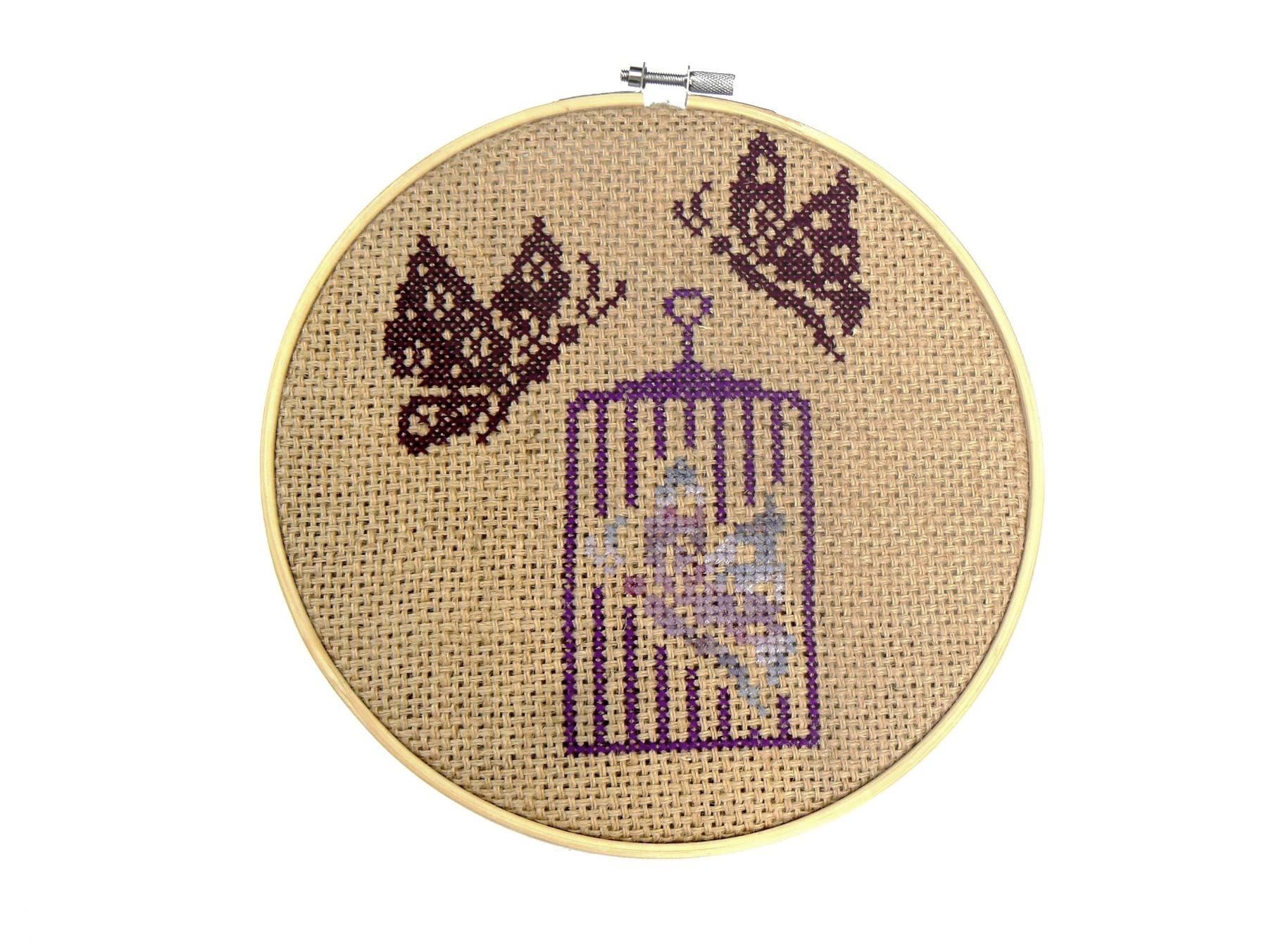Kit DIY cage aux papillons à broder au point de croix sur toile de jute