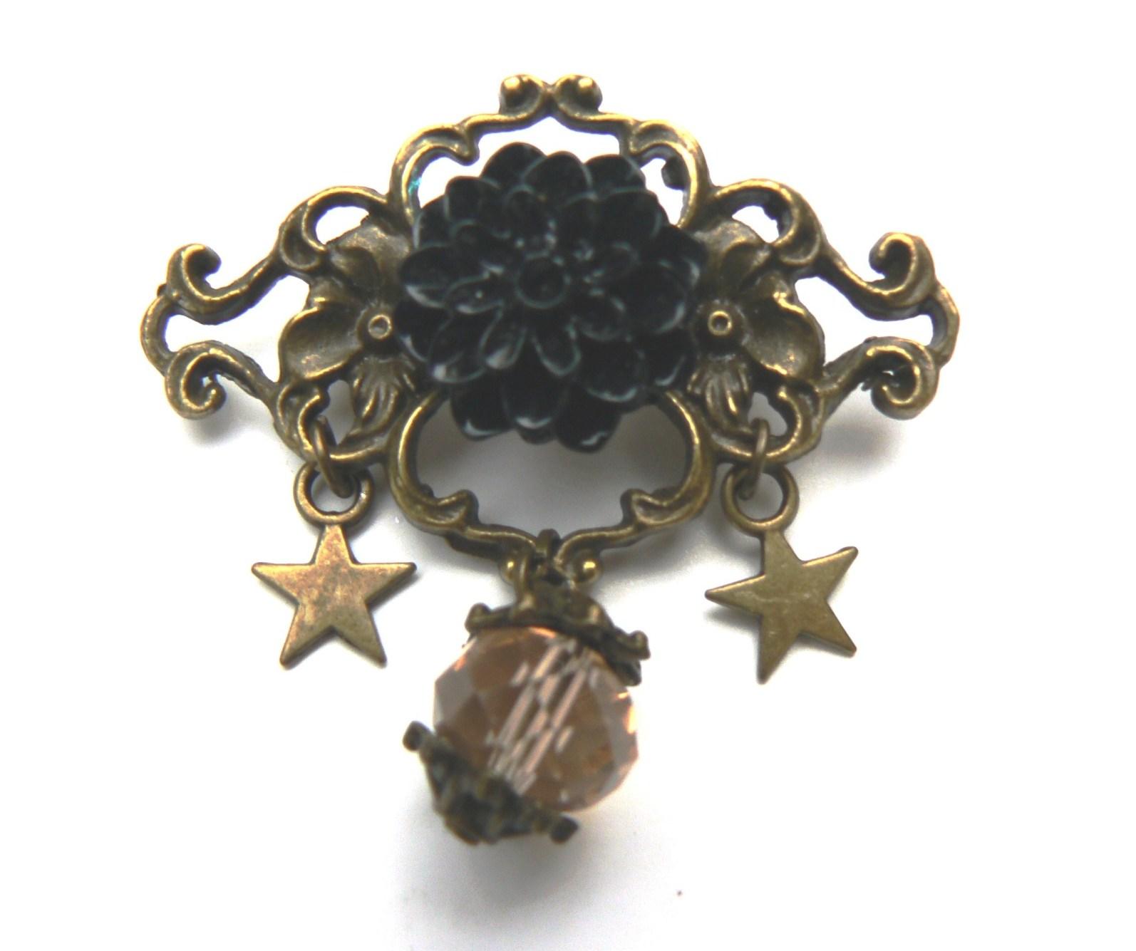 broche-rose-noire-resine