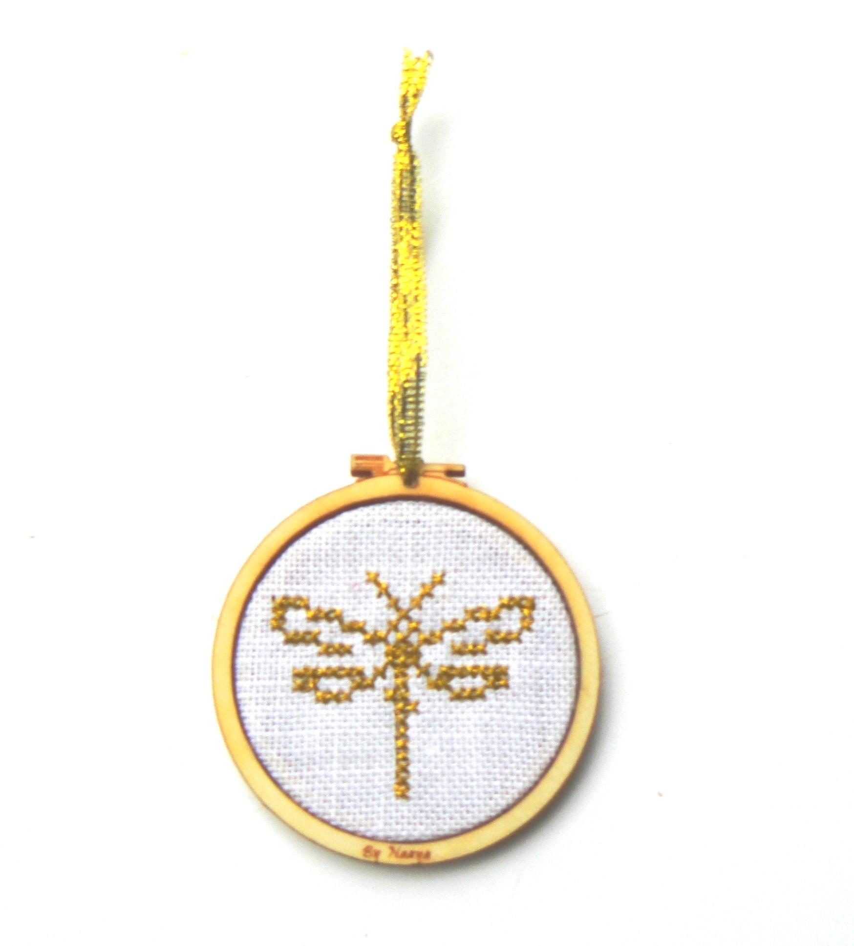 Libellule dorée dans mini tambour kit DYI à broder au point de croix