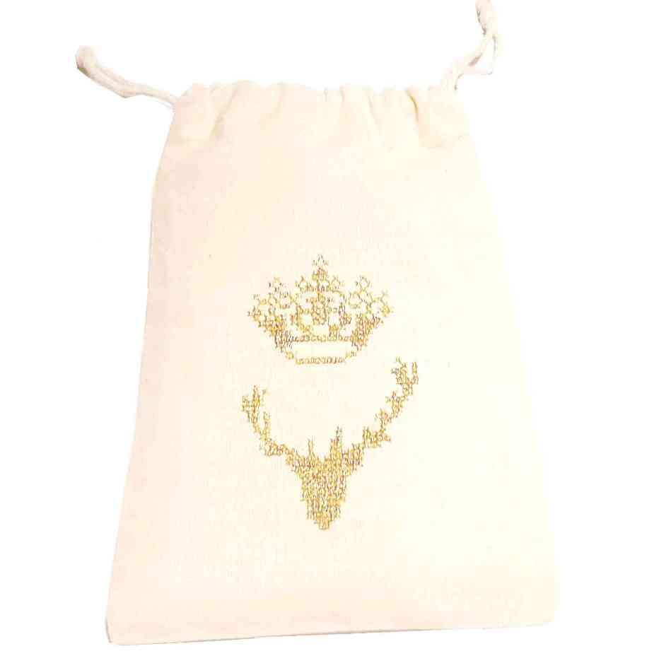 Cerf à la couronne sur pochon kit à broder