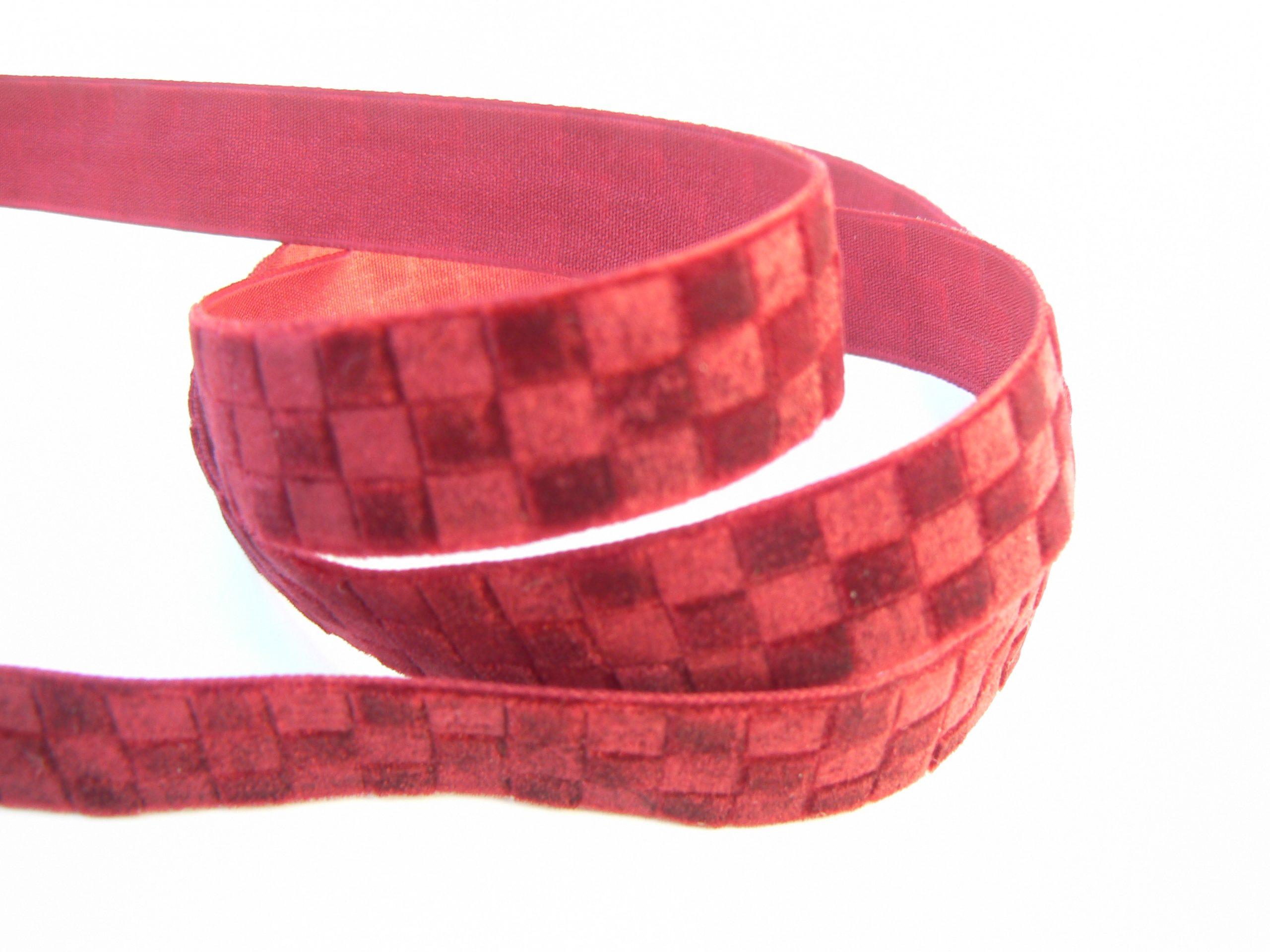 ruban velours damier rouge foncé